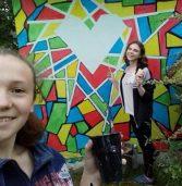 На Млинівщині старшокласники створили оригінальну зупинку