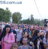 На Млинівщині виступали заслужені та відомі виконавці (фото)