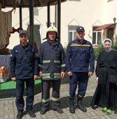 Рятувальники працювали в жіночому скиті (фото)